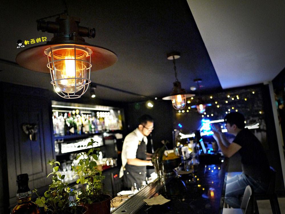 東區美食》Red Circle舌口餐酒沙龍●時尚髮廊入夜搖身一變氣氛餐酒館!  型男美女造型師 忠孝敦化站美食