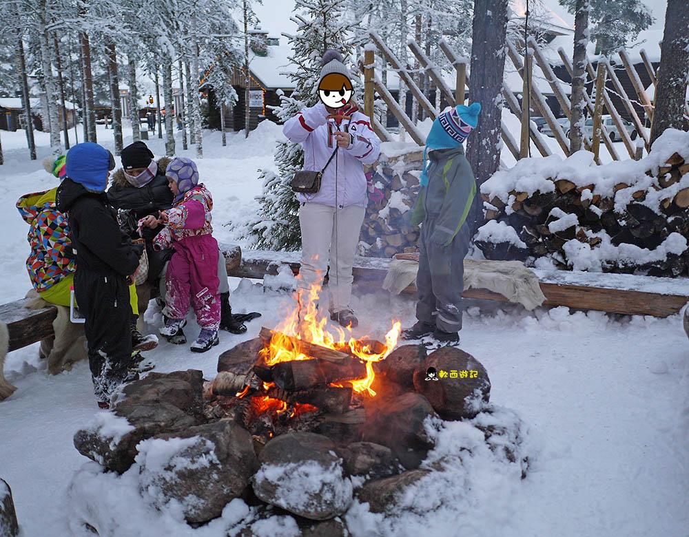 芬蘭羅凡聶米景點Rovaniemi》聖誕老人村Santa Claus Village●親自拜訪聖誕老公公! 芬蘭必去景點 聖誕老公公明信片 聖誕老人村交通方式 芬蘭極光自由行