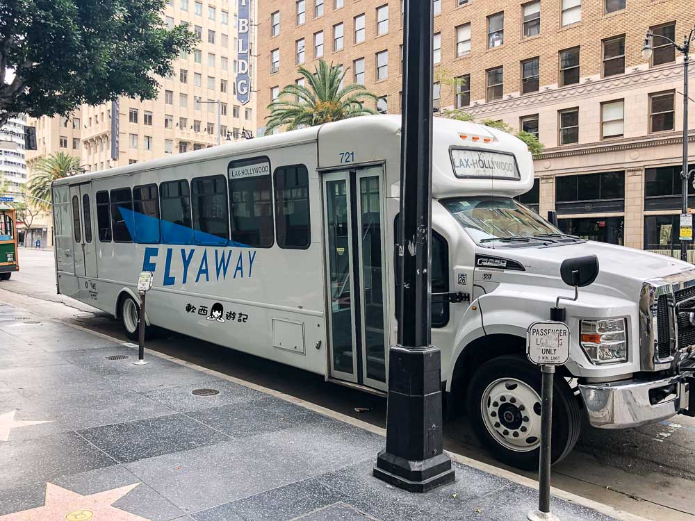 美國洛杉磯機場市區交通》FlyAway Bus●不自駕遊LA! 搭FlyAway Bus巴士來回洛杉磯機場&市區 LA機場市區交通 FlyAway Bus時刻表/FlyAway Bus票價