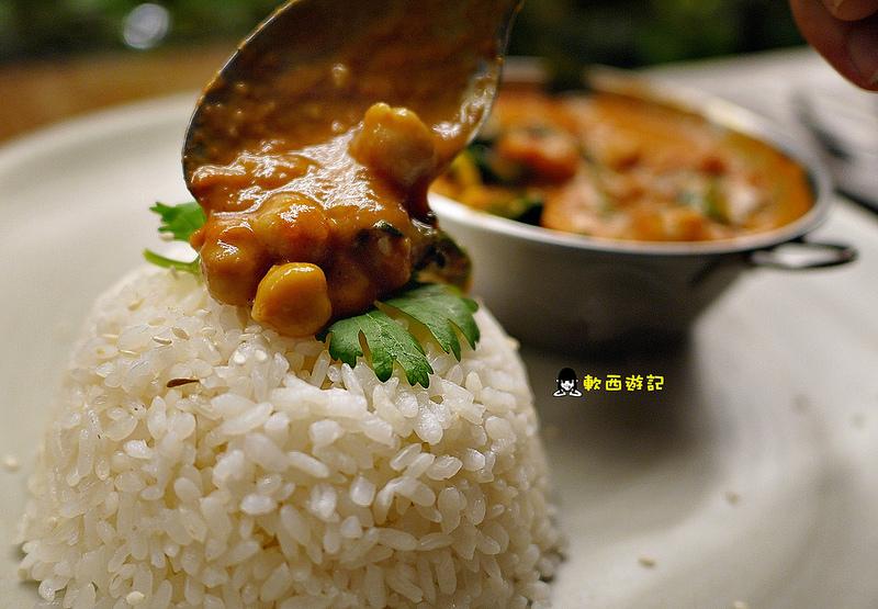 [食記]台北東門站 Mianto艾果豐 大安森林公園蔬食 健康素食餐廳/蔬食餐廳 漂亮親切南非老闆娘