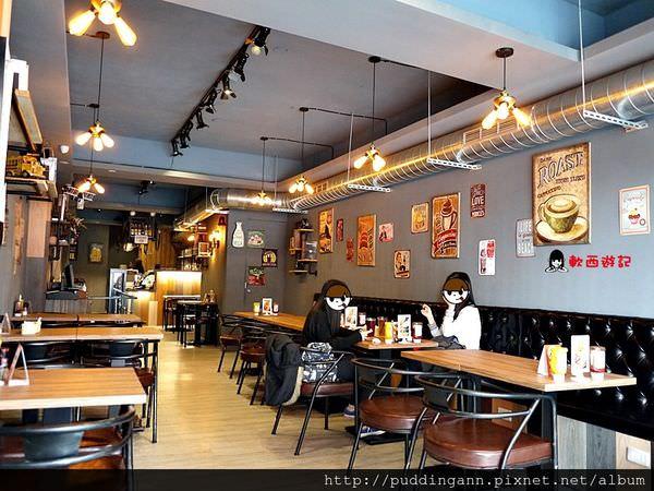 [邀約][食記]台北公館 Hater cafe 特殊招牌甜甜圈漢堡 工業風美式餐廳 大份量平價CP值高不限時 *WIFI 附菜單* 商業午餐/下午茶/美式漢堡 套餐/單點