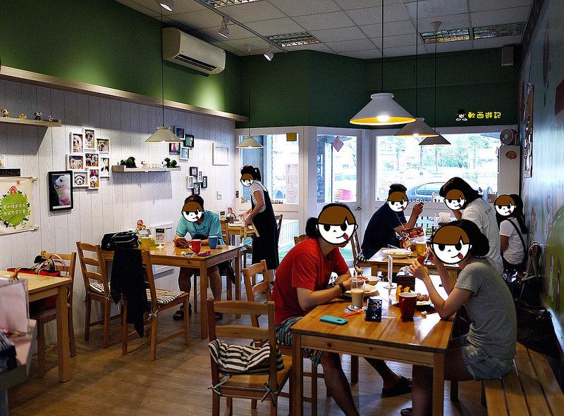 [食記]高雄 DoGu狗民小學 超可愛店狗駐店 毛小孩中途之家 毛小孩好去處 提供毛小孩餐食 寵物友善餐廳/寵物餐廳