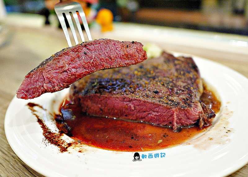 公館站美食》 YumYum好吃好吃●超平價16oz大份量牛排 公館學生族大口吃肉好選擇!!!