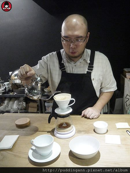 台北市政府站 元食cafe 預約制私房料理 堅持用心新鮮食材 吃得出慢烤肋眼美味牛排!