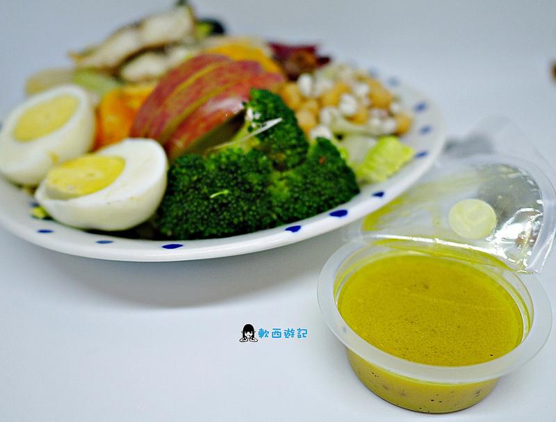 [宅配][食記]UP運動吃沙拉 全台第一個針對不同運動項目設計的補給沙拉 運動補給沙拉 7分練3分吃 運動生活優化訓練